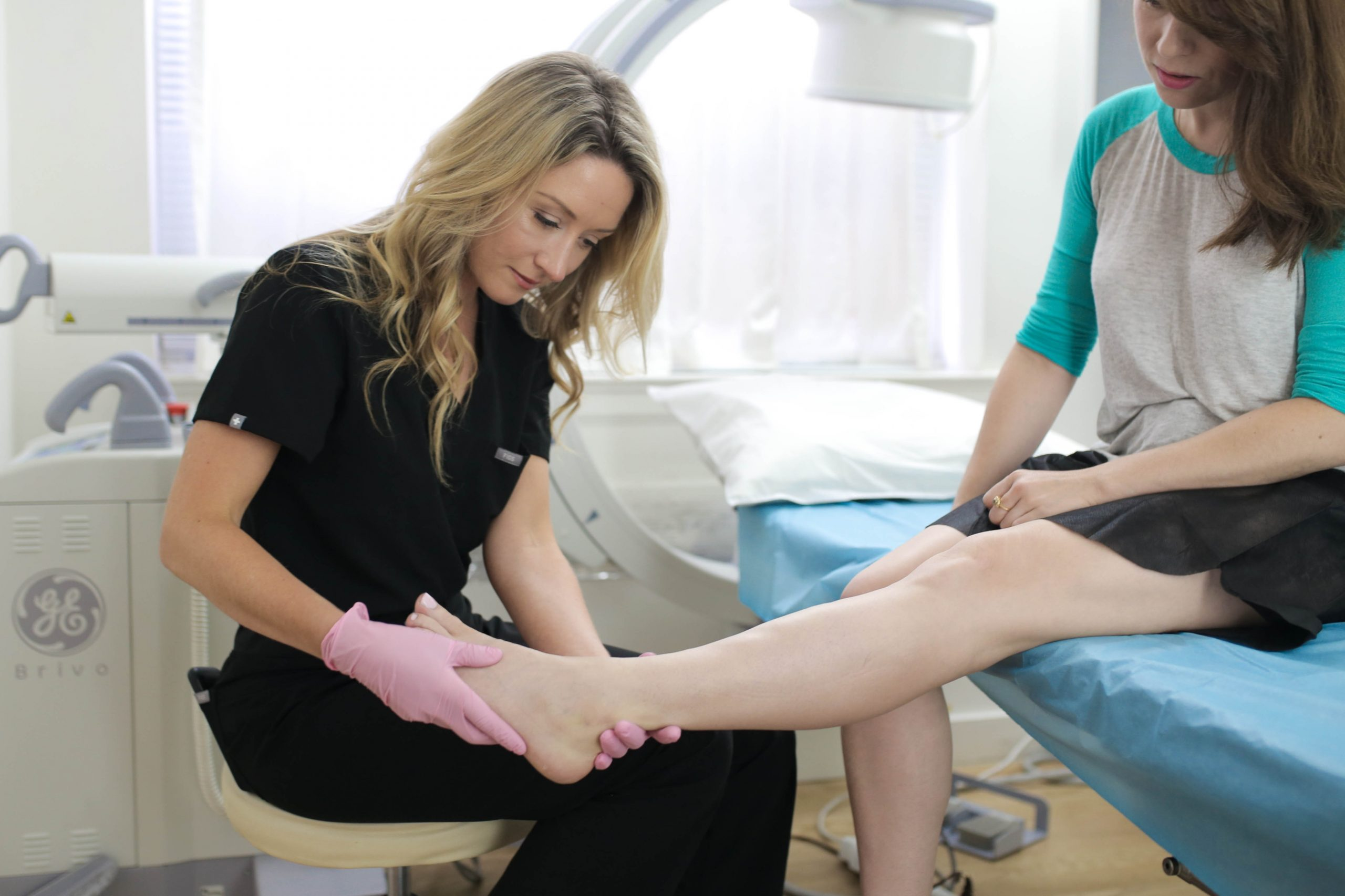 Are you looking for the best vein doctor near Smithtown? This article provides a comprehensive guide to finding the best vein doctors near Smithtown, NY.